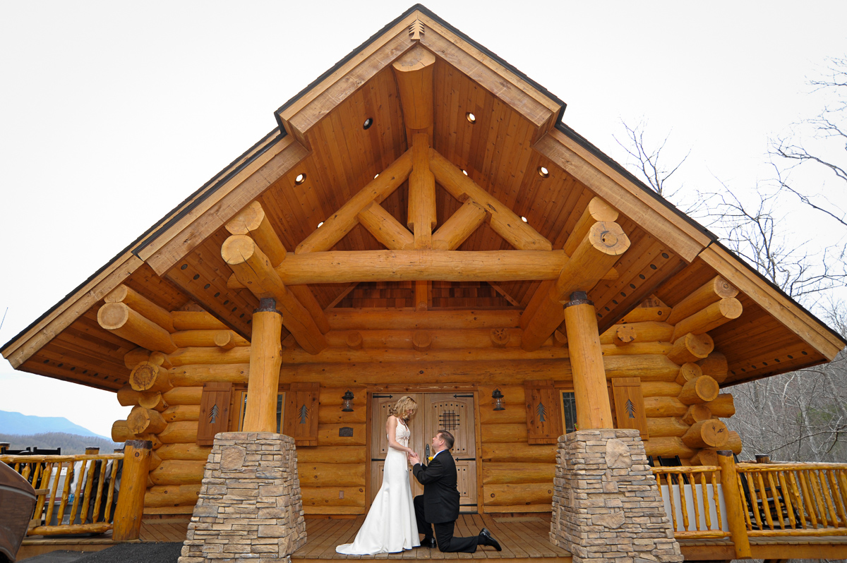 Cabin wedding package in Gatlinburg