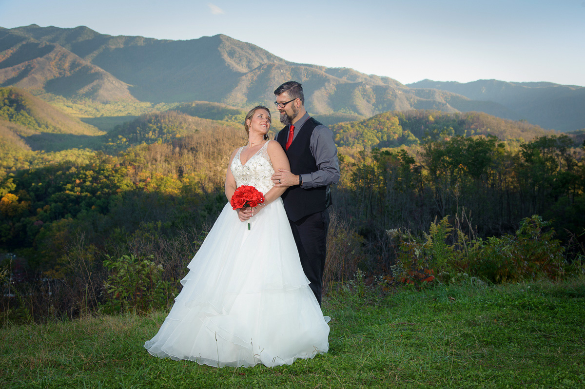 Smoky Mountain wedding packages in Gatinburg